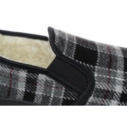 Pantofi de casa imblaniti cu 100% lana, barbatesti, Mjartan 824K93